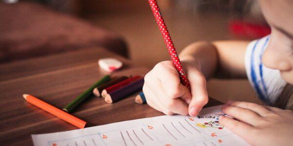 child-865116_1280 www.picjumbo.com via Pixabay